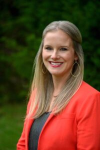 Dr. Breca Tracy currently serves as Director of Science & Operations at REGENERATE in Dripping Springs. Rebuild, Rejuvenate and Rewind special therapies.